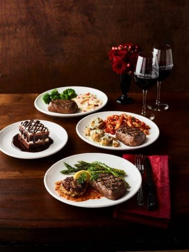 Valentine's weekend free food, deals: Save at Starbucks, Olive Garden, Papa John's, Dunkin' and more
