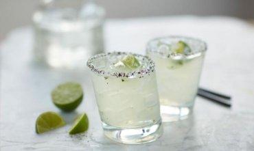 How to Make Bonefish Grill's Perfect Patron Cucumber Margarita