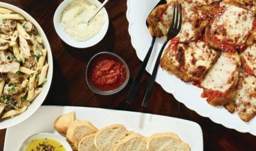30 Mother's Day Restaurant Freebies and Deals